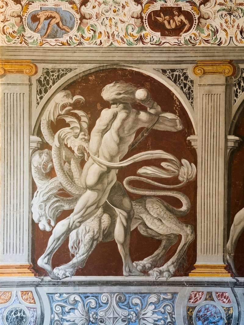 A la découverte de nos chefs d'œuvre d'art et d'histoire... - Page 5 Fresqu11