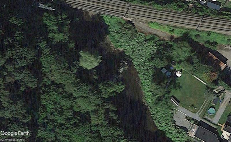 Street View: Les étrangetés du patrimoine wallon. - Page 4 Guzo10