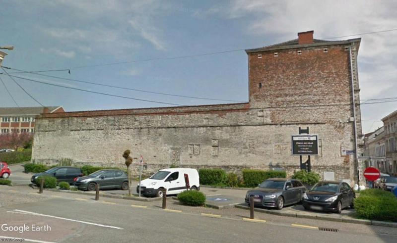 Street View: Les étrangetés du patrimoine wallon. - Page 4 Mur13