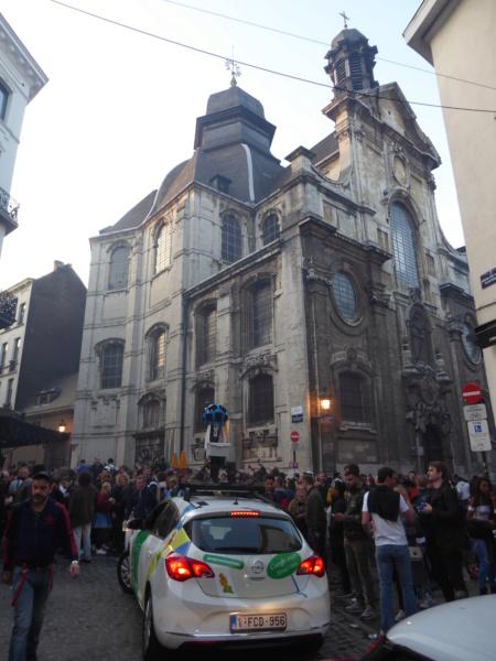 Street View: la street car se retrouve dans les festivités de la Pride de Bruxelles, le 19 mai 2018 P1070610