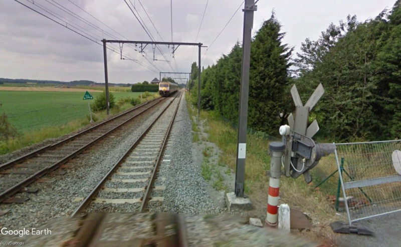 Street View: la street car commet une infraction grave! Havinnes (Belgique) Passag12