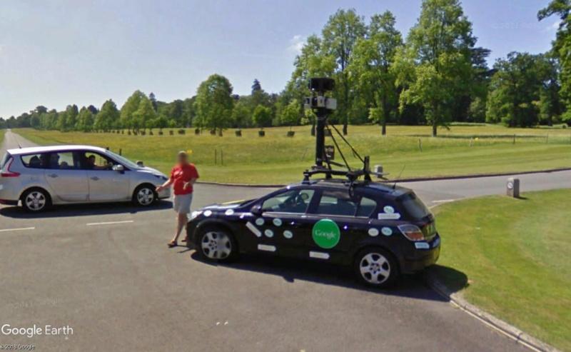 STREET VIEW : la Google car dans tous ses états ! - Page 10 Street10