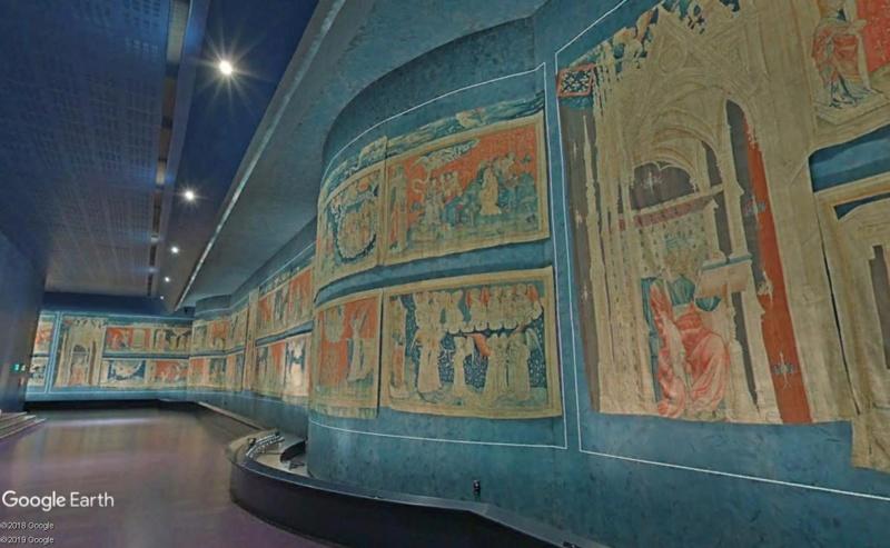A la découverte de nos chefs d'œuvre d'art et d'histoire... - Page 7 Tapiss11