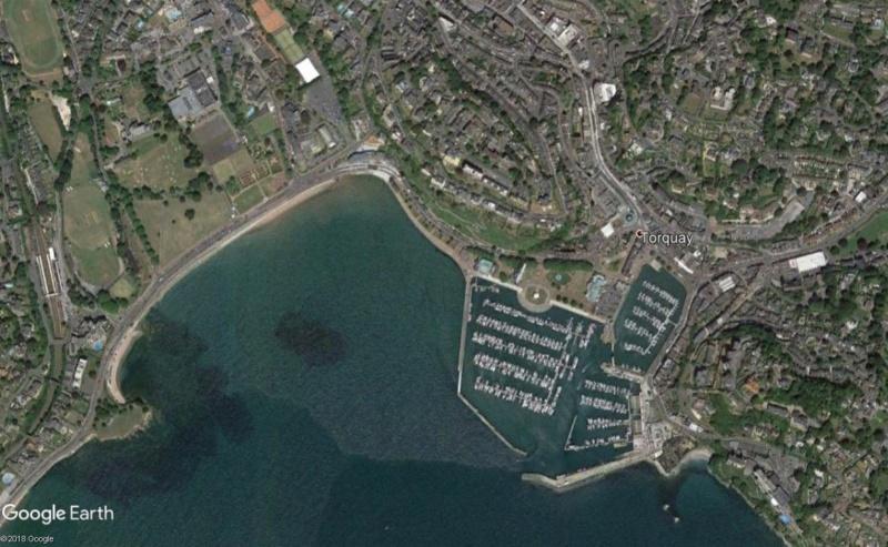 Lieux de tournage de vidéo-clip découverts avec Google Earth - Page 5 Torqua10