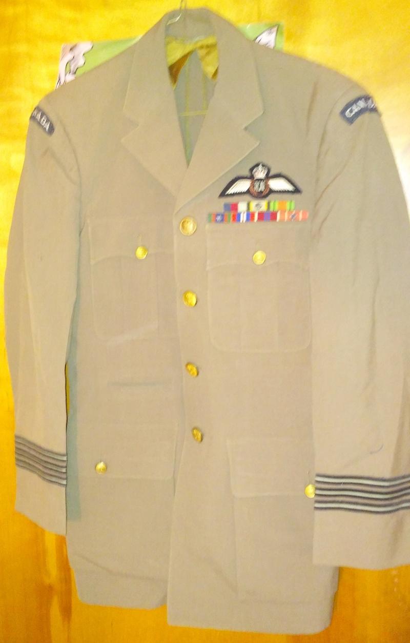 1960's RCAF Squadron Leader's Tan Dress Uniform 20180174