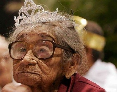 le secret d'une belle vieillesse !!!!!!!!!  (JOKE ) Untitl15