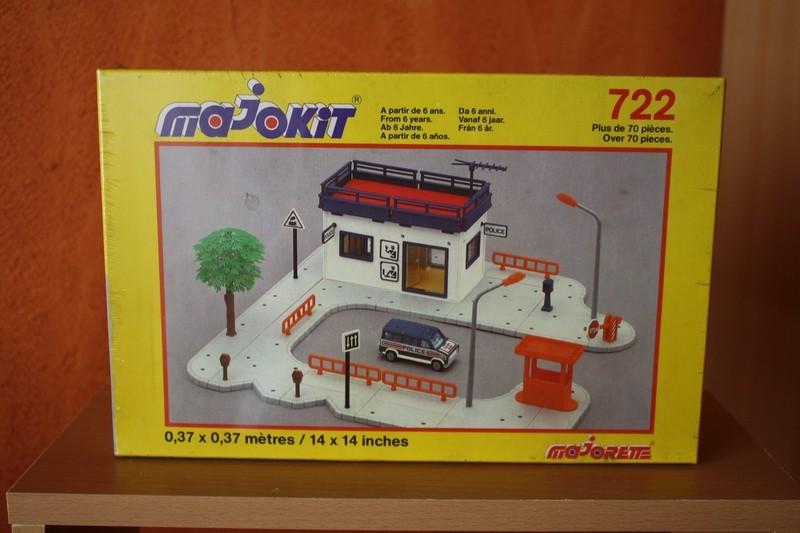Majokit (Majorette) 1986 - MAJ 14/10/2013 - Le_pos10