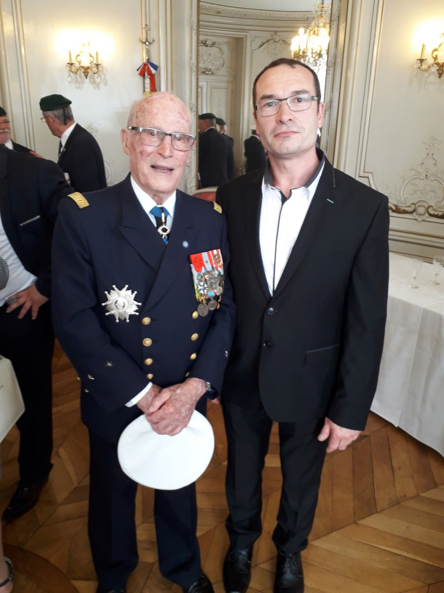 [ Associations anciens Marins ] Parrainage de l'AMMAC d'Angers amiral Yann Bordier 1015