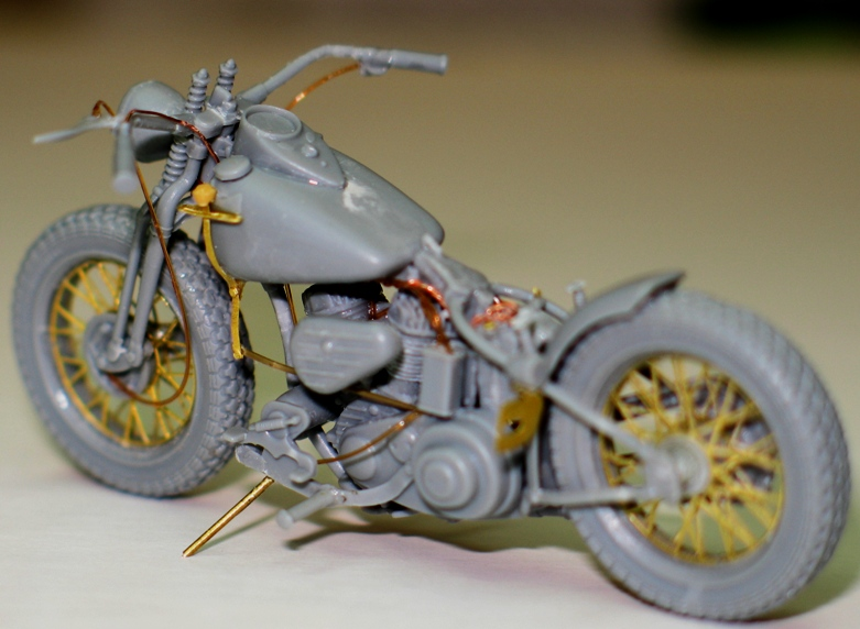 Harley US WW2 et ..... Bobber :P   Miniart 1/35 20237510