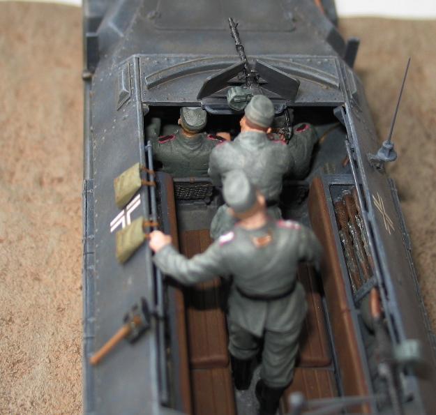 sd.kfz 251 ausf C Dragon 1/35 27820510
