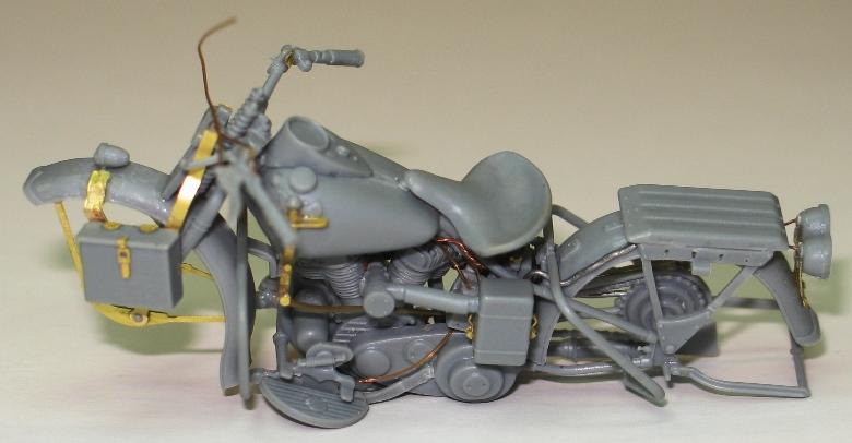 Harley US WW2 et ..... Bobber :P   Miniart 1/35 48827210