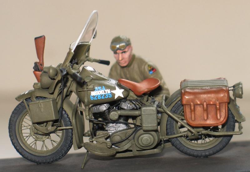 Harley US WW2 et ..... Bobber :P   Miniart 1/35 56114810
