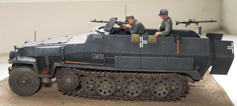 sd.kfz 251 ausf C Dragon 1/35 56683010