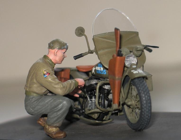 Harley US WW2 et ..... Bobber :P   Miniart 1/35 84203410