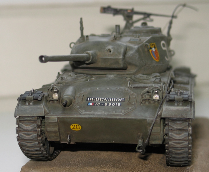 M24 Chaffee repatiné+décalques 87810310