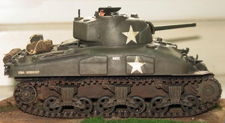 Sherman M4A1 late Italeri+scratch rénové Img_0019