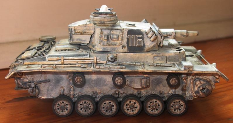 Pz III Ausf N + winterketten  Dragon 1/35 Img_0061