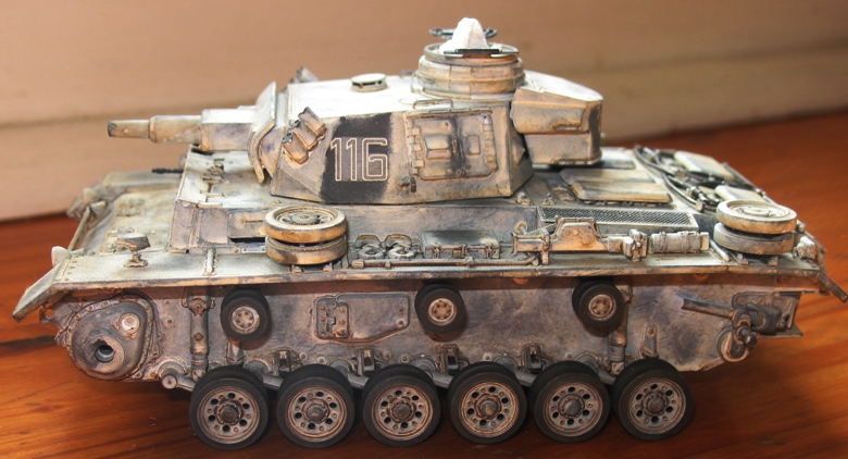Pz III Ausf N + winterketten  Dragon 1/35 Img_0072