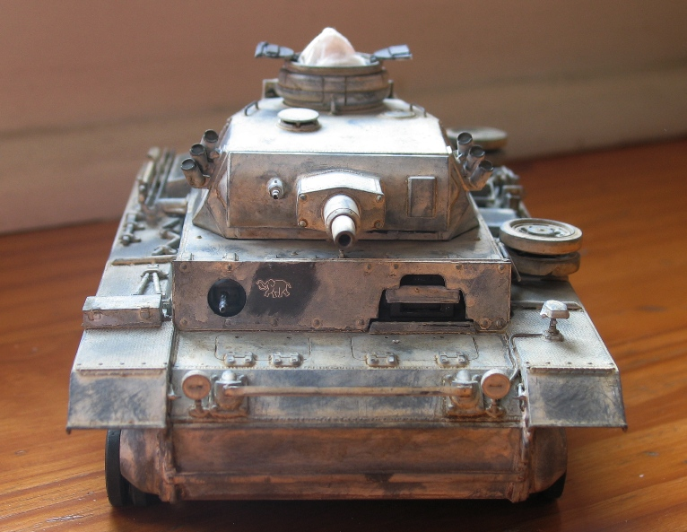 Pz III Ausf N + winterketten  Dragon 1/35 Img_0073