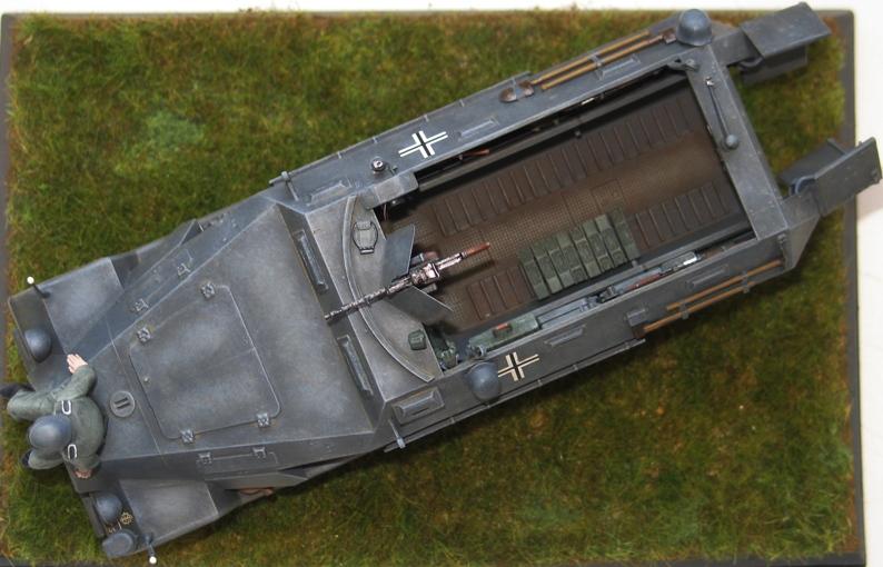 sd.kfz 251/1 Ausf A  ICM 1/35 Img_0110