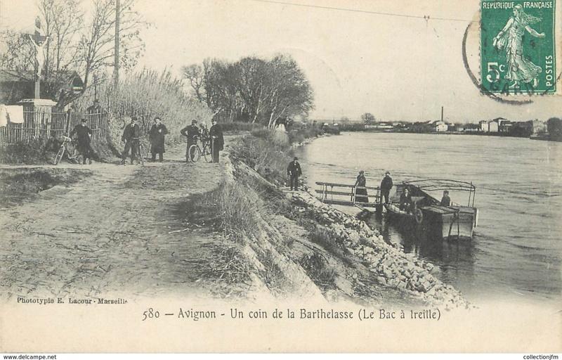 CPA avant les ponts suspendus de Marc Seguin, les bacs à traille 222_0010