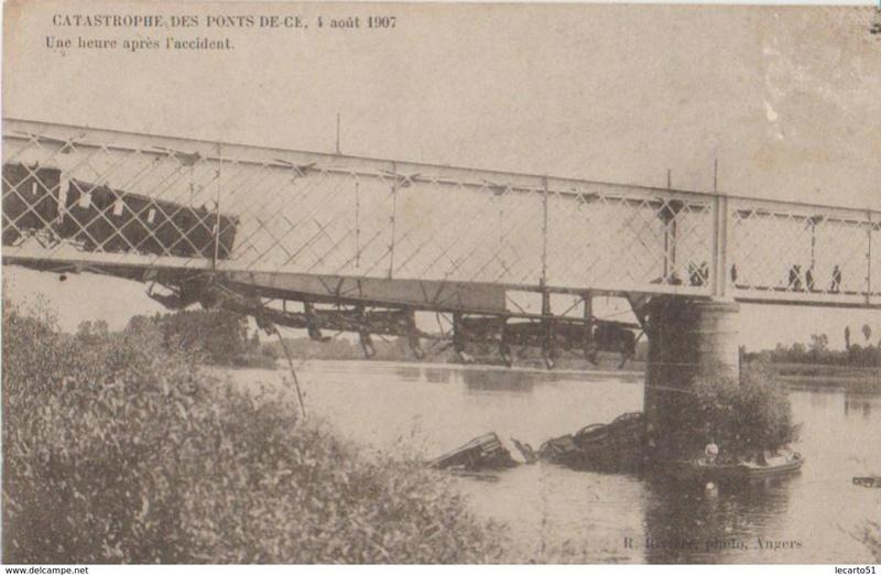 CPA Ponts et catastrophes angevines 1850, 1907, 1911 982_0010