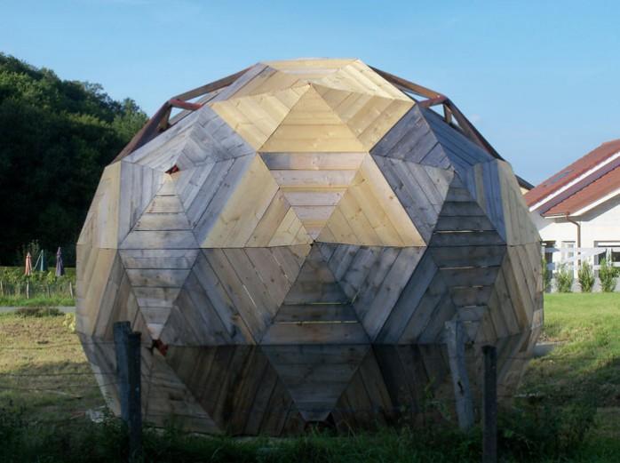 Construire des polyèdres en bois donc d'une certaine épaisseur Dome-g11