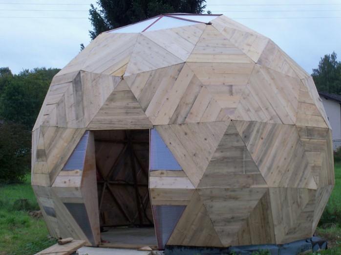 Construire des polyèdres en bois donc d'une certaine épaisseur Dome-g12