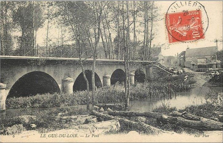 CPA avant les ponts, les gués Le_gue10