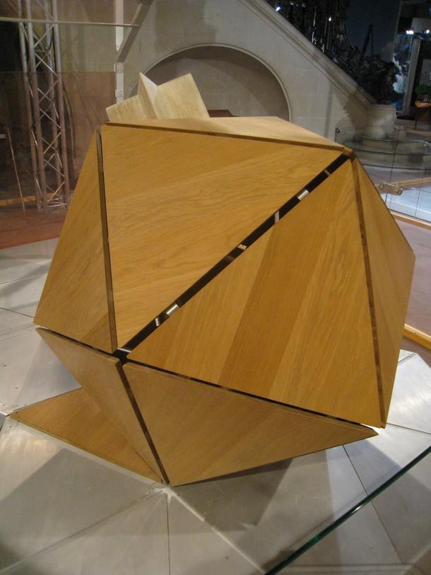 Construire des polyèdres en bois donc d'une certaine épaisseur Palais10