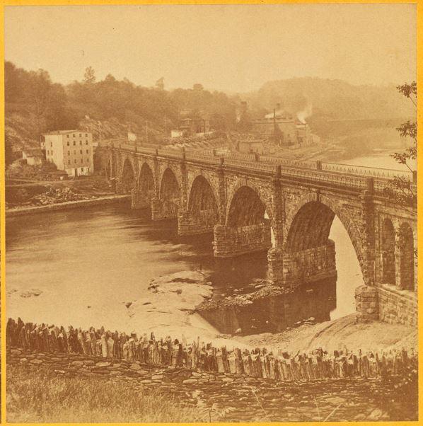 A la recherche de l'arche perdue : les ponts suspendus Readin10