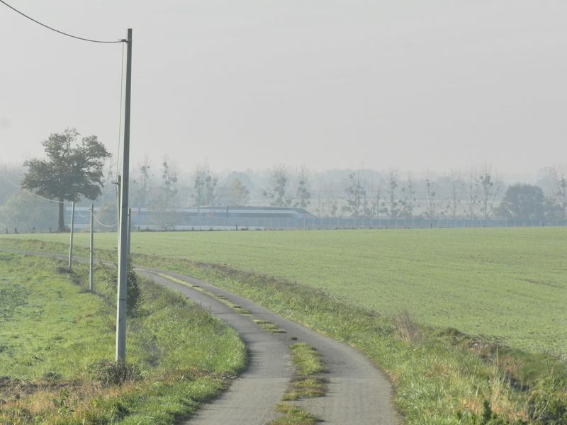 Petits viaducs de la LGV en Mayenne Vauvyr22