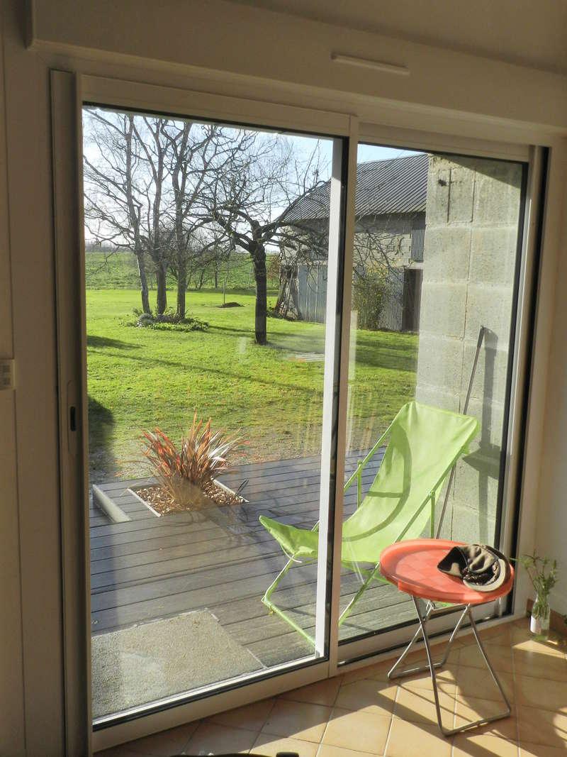 La nouvelle baie vitrée nous impose de créer une terrasse (en bois composite) Vauvyr32