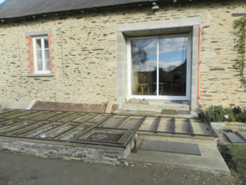 La nouvelle baie vitrée nous impose de créer une terrasse (en bois composite) Vauvyr34