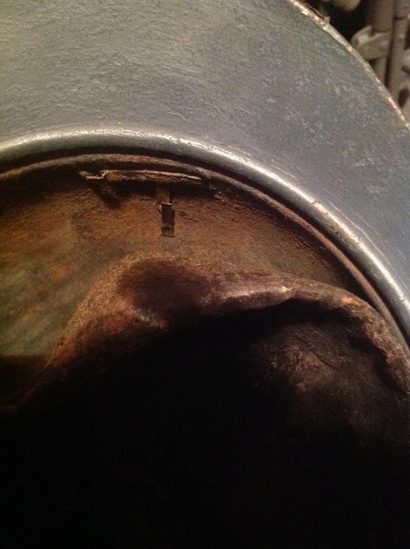 Authentification peinture casque Adrian  Image43