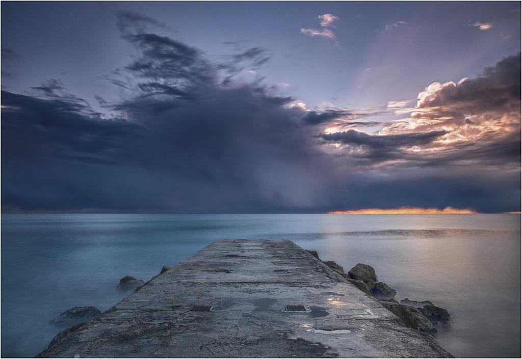 Avant la tempête Ana ! Pc090010
