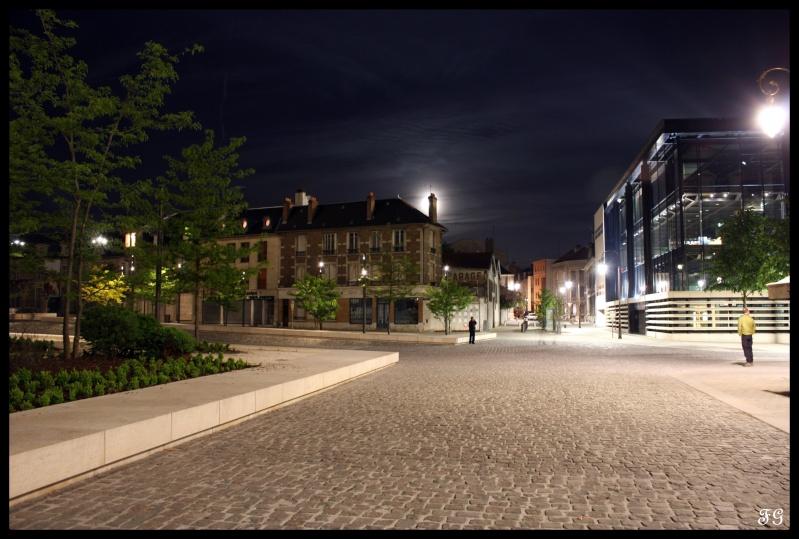 Parvis de la Cathédrale et Médiathèque (REIMS) Reims_10
