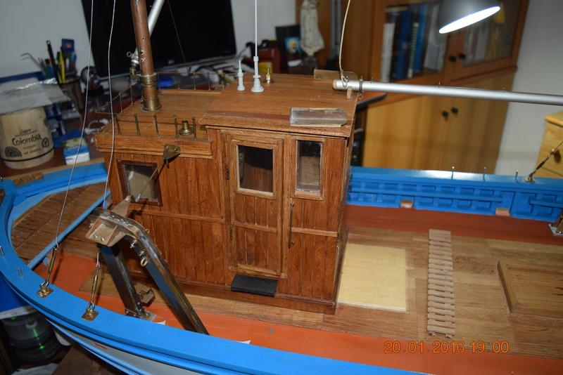 Francuski ribarski brod 00110