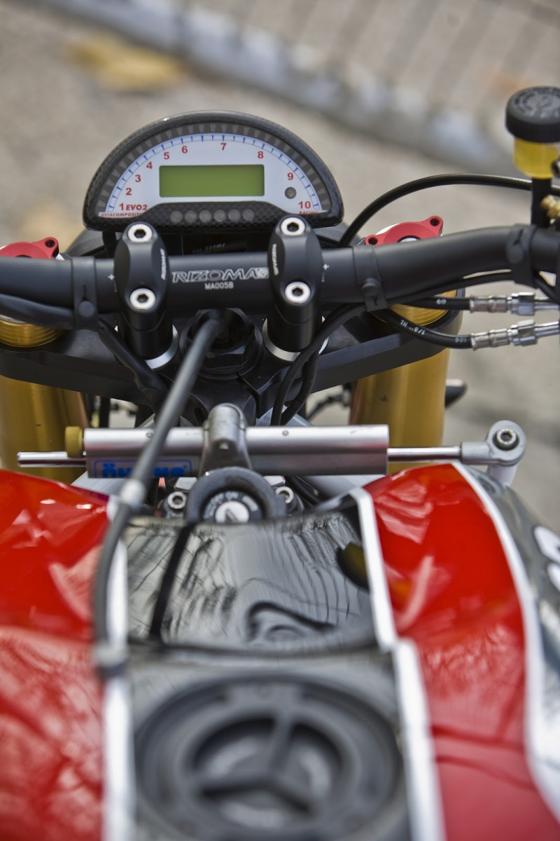 Radical Ducati S.L.: MAKING OF STR (2010)