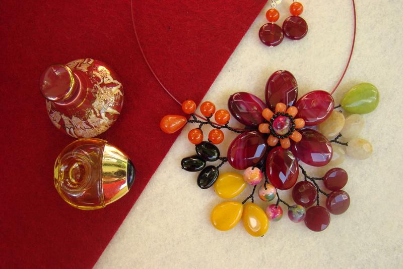 """""""Flori de piatră-Bijoux"""" albumul II-bijuterii artizanale marca Didina Sava - Pagina 10 Colier22"""