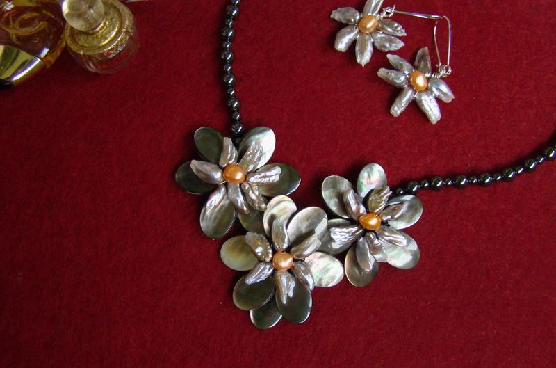 """""""Flori de piatră-Bijoux"""" albumul II-bijuterii artizanale marca Didina Sava - Pagina 11 Colier70"""