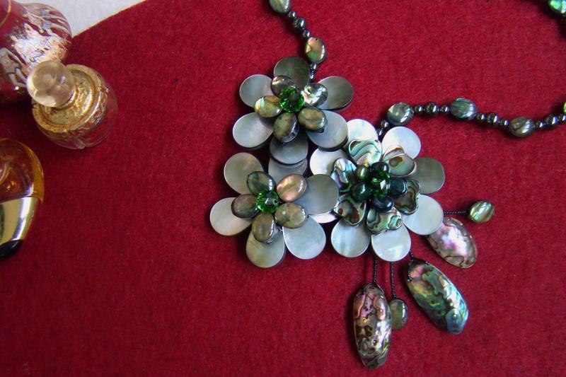 """""""Flori de piatră-Bijoux"""" albumul II-bijuterii artizanale marca Didina Sava - Pagina 11 Colier74"""