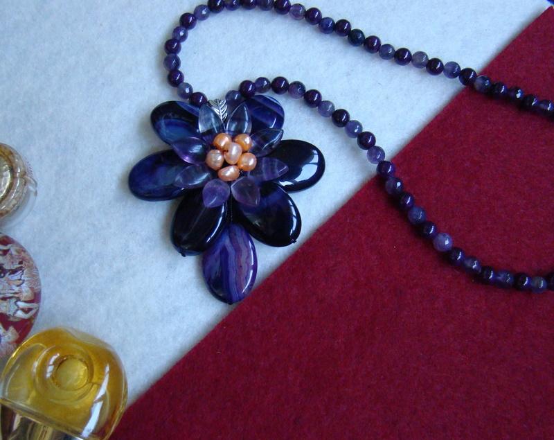 """""""Flori de piatră-Bijoux"""" albumul II-bijuterii artizanale marca Didina Sava - Pagina 8 Colier98"""