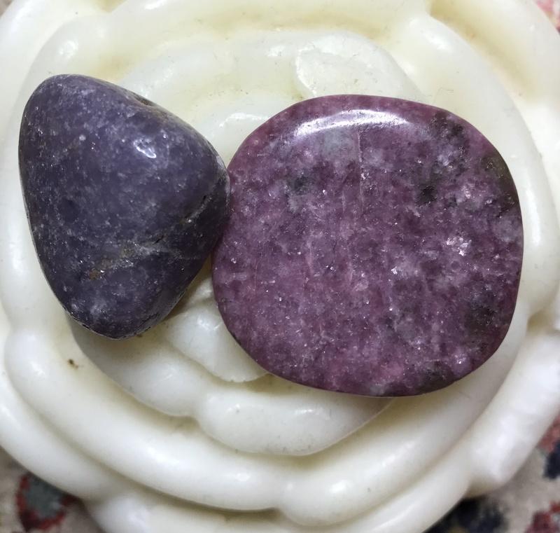 Quelles sont ces pierres... B67c2b10