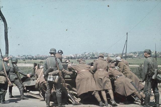 [CDA] Raph - Français 1940 22f7fb10