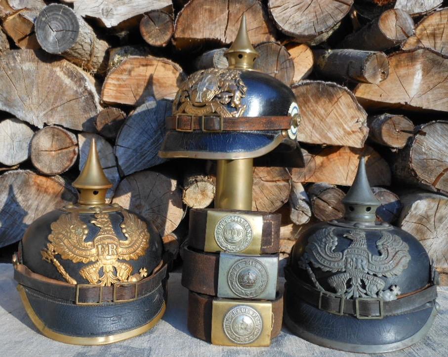 Grouping Baviere, Prusse , du casques et ceinturons... Dscn1938