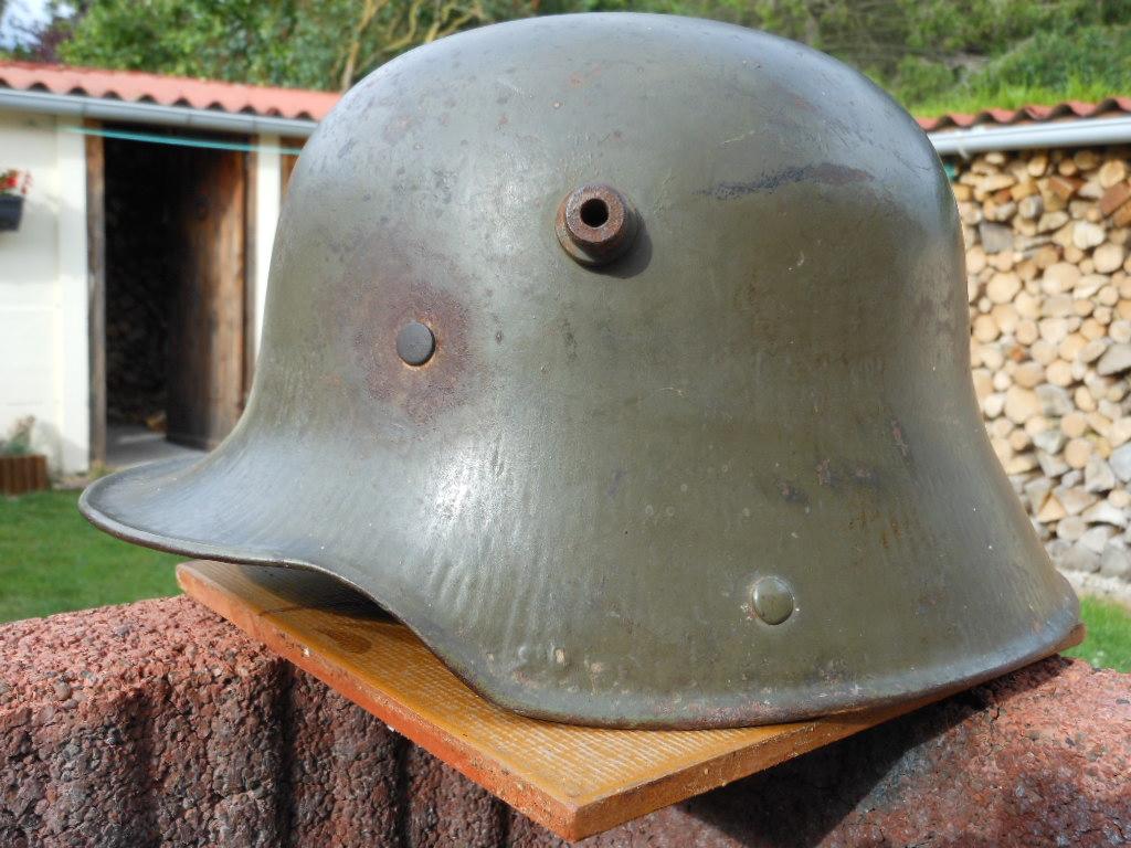 Stahlhelm 16  Dscn1965