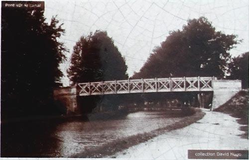 Une photo du pont détruit de Sapigneul Extrai10