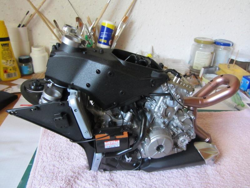 DUCATI SUPERBIKE 1299 PANIGALE S -  1:4 - Pocher gebaut von XEDOS - Seite 3 Img_6813