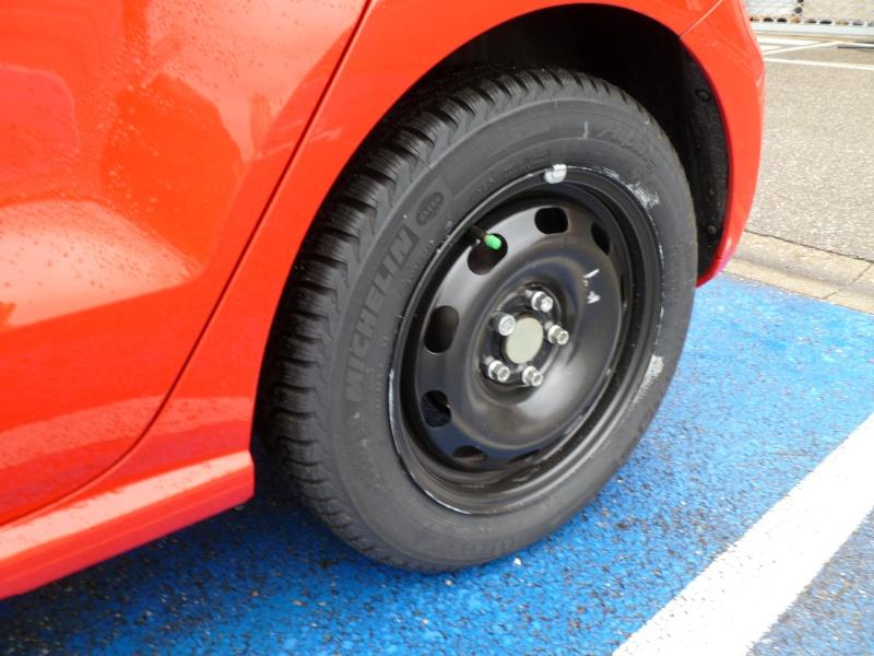 Polo V Sportline 5 portes TSI 105 ch BVM6 - Page 4 P1000012